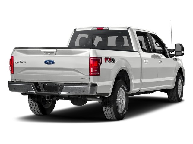Oxford White 2017 Ford F-150 Pictures F-150 Crew Cab Lariat 4WD photos rear view