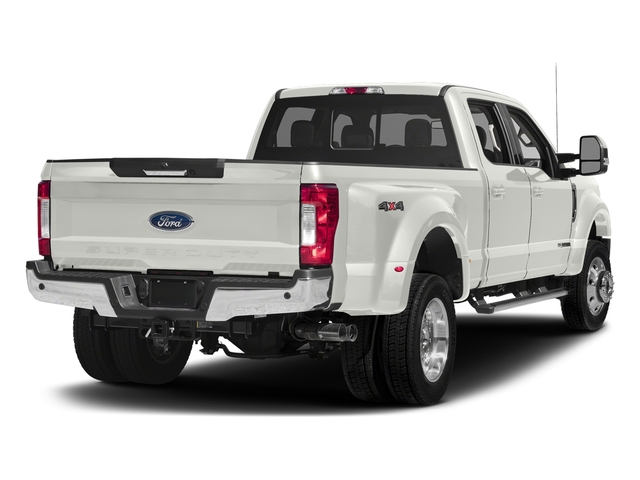 White Platinum Metallic Tri-Coat 2017 Ford Super Duty F-450 DRW Pictures Super Duty F-450 DRW Crew Cab Lariat 4WD T-Diesel photos rear view