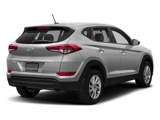 Molten Silver 2017 Hyundai Tucson Pictures Tucson SE AWD photos rear view