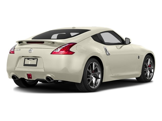 Pearl White 2017 Nissan 370Z Pictures 370Z Coupe Sport Auto photos rear view