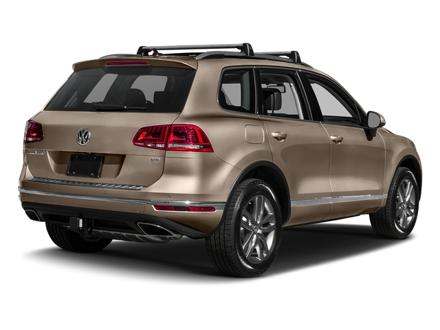 Sand Gold Metallic 2017 Volkswagen Touareg Pictures Touareg V6 Wolfsburg Edition photos rear view