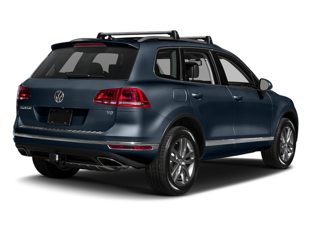 Moonlight Blue Pearl 2017 Volkswagen Touareg Pictures Touareg V6 Wolfsburg Edition photos rear view