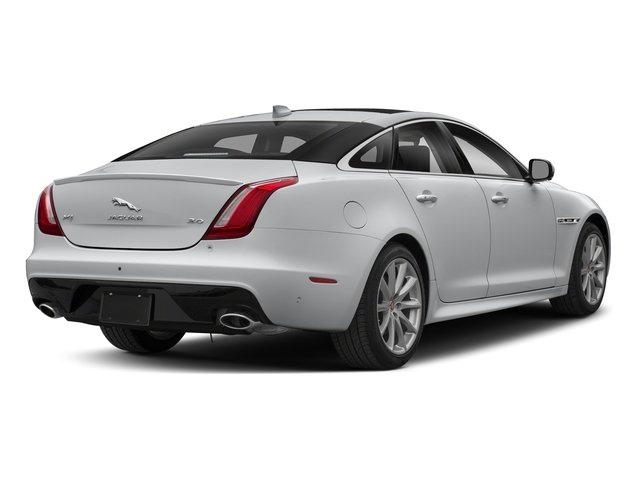 Yulong White Metallic 2018 Jaguar XJ Pictures XJ XJ Supercharged RWD photos rear view
