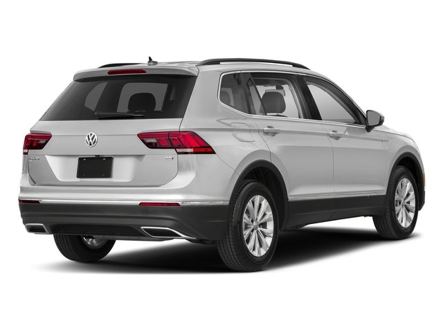 White Silver Metallic 2018 Volkswagen Tiguan Pictures Tiguan 2.0T SEL 4MOTION photos rear view