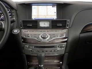 2012 INFINITI M56 Pictures M56 Sedan 4D photos center console