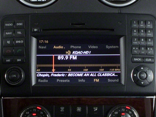 2012 Mercedes-Benz GL-Class Pictures GL-Class Utility 4D GL550 4WD photos stereo system