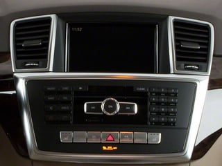 2012 Mercedes-Benz M-Class Pictures M-Class Utility 4D ML63 AMG AWD photos stereo system
