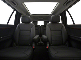 2012 Mercedes-Benz R-Class Pictures R-Class Utility 4D R350 AWD photos backseat interior