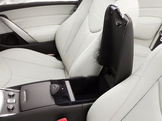 2013 INFINITI G37 Convertible Pictures G37 Convertible Convertible 2D 6 Spd V6 photos center storage console