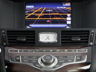 2013 INFINITI M35h Pictures M35h Sedan 4D V6 Hybrid photos navigation system
