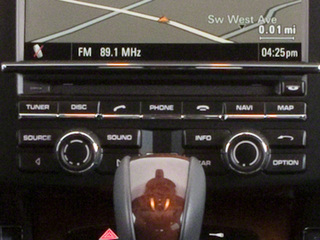 2013 Porsche Cayenne Pictures Cayenne Utility 4D AWD (V6) photos stereo system