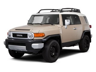2013 Toyota FJ Cruiser Pictures FJ Cruiser Utility 4D 2WD V6 photos side front view