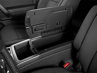 2014 Nissan Titan Pictures Titan King Cab S 4WD photos center storage console