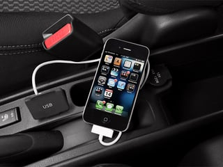 2014 Nissan Versa Note Pictures Versa Note Hatchback 5D Note S Plus I4 photos iPhone Interface