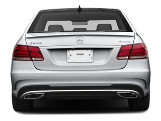 2015 Mercedes-Benz E-Class Pictures E-Class Sedan 4D E400 V6 Turbo photos rear view