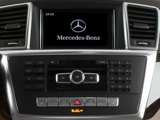 2015 Mercedes-Benz M-Class Pictures M-Class Utility 4D ML350 AWD V6 photos stereo system