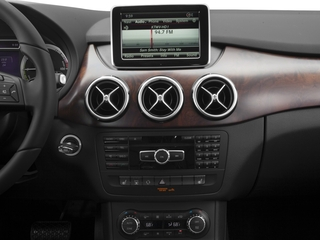2015 Mercedes-Benz B-Class Pictures B-Class Hatchback 5D Electric Drive photos stereo system