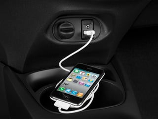 2015 Toyota Yaris Pictures Yaris Hatchback 3D LE I4 photos iPhone Interface