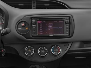 2015 Toyota Yaris Pictures Yaris Hatchback 5D SE I4 photos stereo system