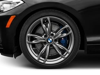 2016 BMW 2 Series Pictures 2 Series Coupe 2D M235i I6 Turbo photos wheel