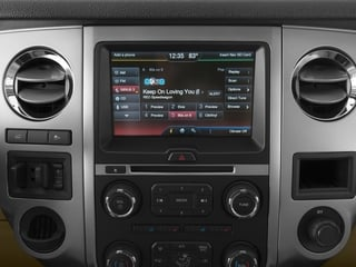 2017 Ford Expedition EL Pictures Expedition EL Utility 4D XLT 4WD V6 Turbo photos stereo system