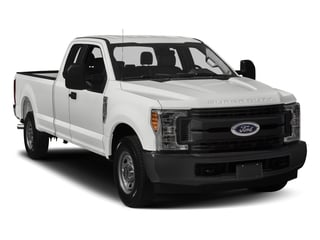2017 Ford Super Duty F-350 SRW Pictures Super Duty F-350 SRW Supercab XL 4WD photos side front view