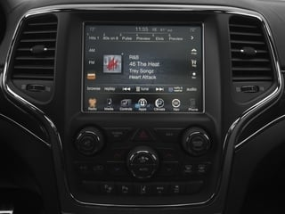 2017 Jeep Grand Cherokee Pictures Grand Cherokee SRT 4x4 photos stereo system