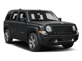 2017 Jeep Patriot Pictures Patriot Utility 4D Latitude 4WD I4 photos side front view
