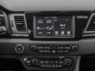 2017 Kia Niro Pictures Niro Touring Launch Edition FWD photos stereo system