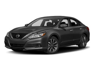 2017 Nissan Altima Pictures Altima Sedan 4D SL V6 photos side front view