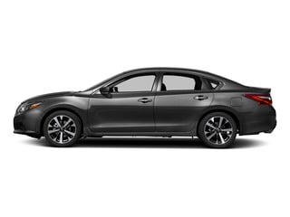 2017 Nissan Altima Pictures Altima Sedan 4D SR I4 photos side view