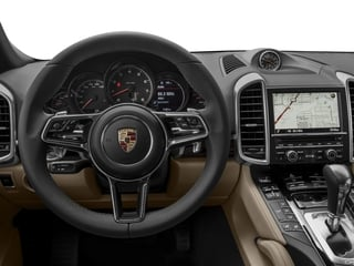 2017 Porsche Cayenne Pictures Cayenne AWD photos driver's dashboard