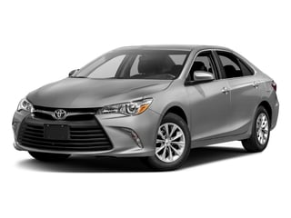 2017 Toyota Camry Pictures Camry Sedan 4D XLE I4 photos side front view
