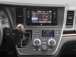 2017 Toyota Sienna Pictures Sienna Wagon 5D XLE V6 photos stereo system