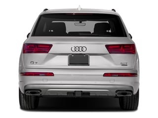 2018 Audi Q7 Pictures Q7 3.0 TFSI Prestige photos rear view