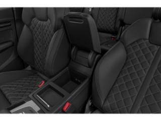 2018 Audi SQ5 Pictures SQ5 3.0 TFSI Prestige photos center storage console