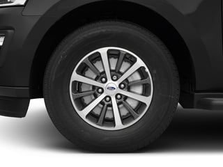 2018 Ford Expedition Pictures Expedition XLT 4x4 photos wheel