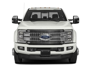 2018 Ford Super Duty F-450 DRW Pictures Super Duty F-450 DRW Platinum 2WD Crew Cab 8' Box photos front view