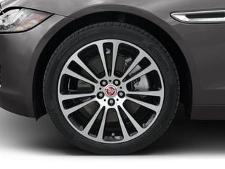 2018 Jaguar XF Pictures XF Sedan 25t Prestige RWD photos wheel