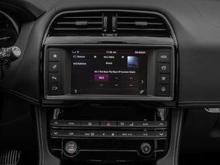 2018 Jaguar F-PACE Pictures F-PACE 20d R-Sport AWD photos stereo system