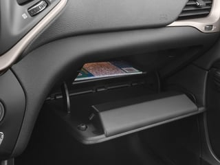 2018 Jeep Cherokee Pictures Cherokee Limited FWD photos glove box