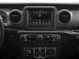 2018 Jeep Wrangler Unlimited Pictures Wrangler Unlimited Sport 4x4 photos stereo system