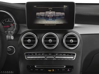 2018 Mercedes-Benz GLC Pictures GLC AMG GLC 43 4MATIC Coupe photos stereo system