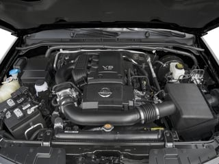 2018 Nissan Frontier Pictures Frontier Crew Cab SL 2WD photos engine