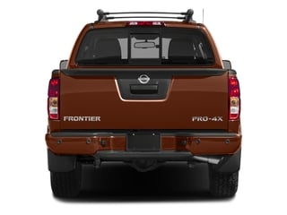 2018 Nissan Frontier Pictures Frontier Crew Cab 4x4 PRO-4X Manual photos rear view