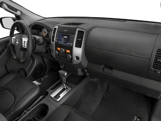 2018 Nissan Frontier Pictures Frontier Crew Cab 4x4 PRO-4X Manual photos passenger's dashboard