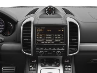 2018 Porsche Cayenne Pictures Cayenne Turbo S AWD photos stereo system