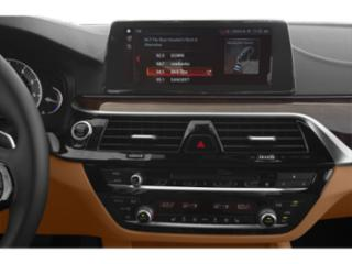 2019 BMW 5 Series Pictures 5 Series 540i xDrive Sedan photos stereo system