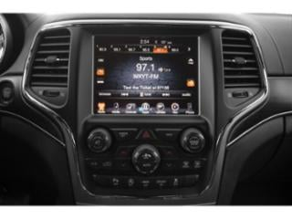 2019 Jeep Grand Cherokee Pictures Grand Cherokee Laredo E 4x4 photos stereo system