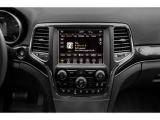 2019 Jeep Grand Cherokee Pictures Grand Cherokee Laredo E 4x2 photos stereo system